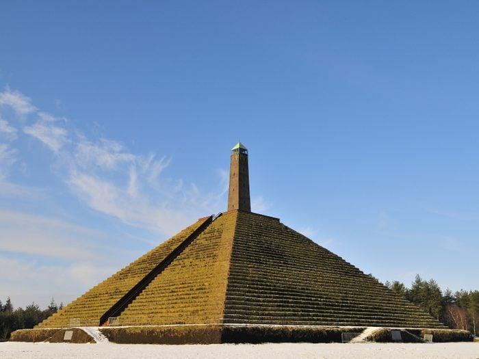 La pyramide d'Austerlitz.
