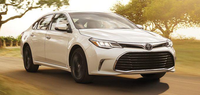 Tout ce qu'il faut savoir sur la Toyota Avalon 2016