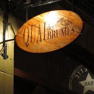 Le Quai des Brumes est le bar où aller prendre une pinte de bière à Montréal