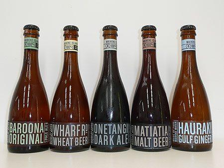 3. La Nouvelle-Zélande est célèbre pour ses routes des vins et ses dégustations.