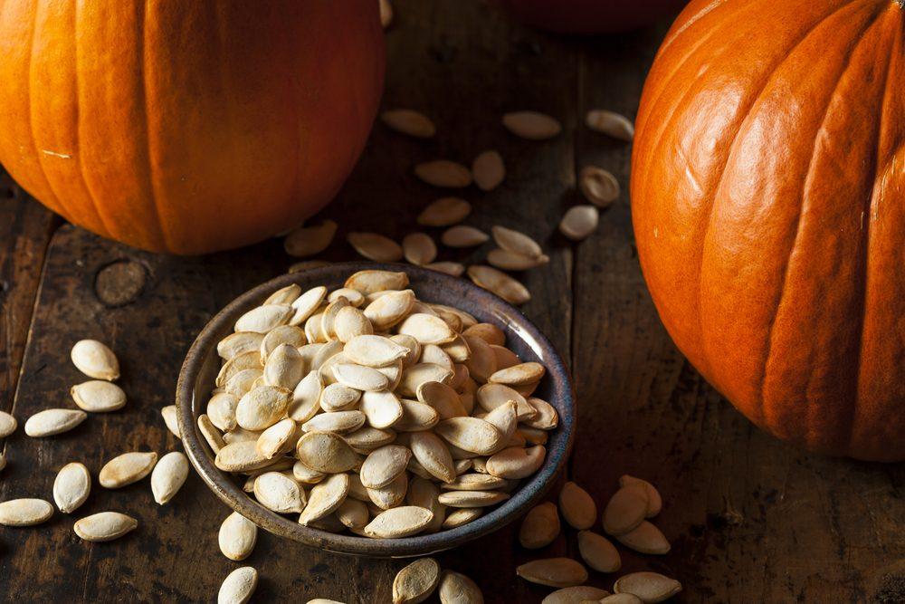 1. Les bienfaits des graines de citrouille sur votre santé hormonale