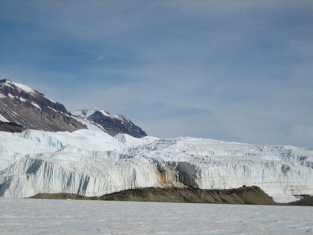Les Blood Falls en Antarctique