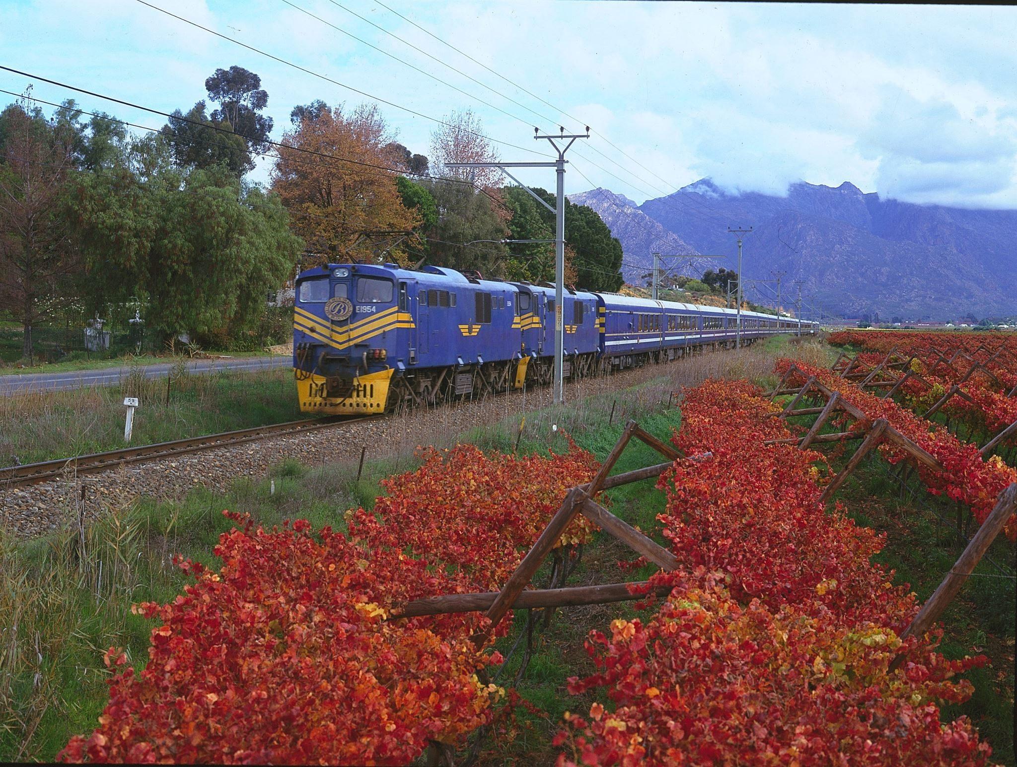 4. Le Train Bleu