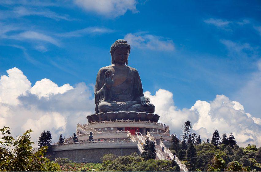 Le Bouddha géant du monastère de Po Lin