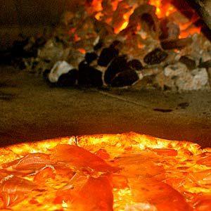 5. Le Carbone Coal Fired Pizza, Winnipeg: l'un des meilleurs restaurants canadiens pour savourer une pizza
