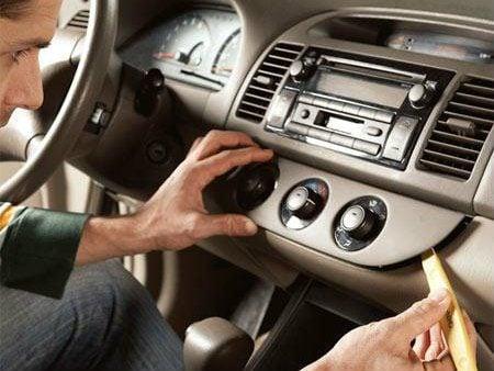 Conseils pour réparer votre radio d'auto
