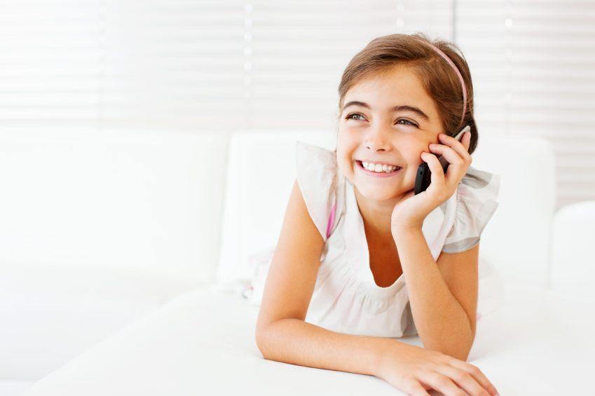 Les téléphones portables potentiellement dangereux pour le cerveau des enfants