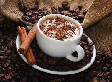 Chocolat chaud à la viennoise