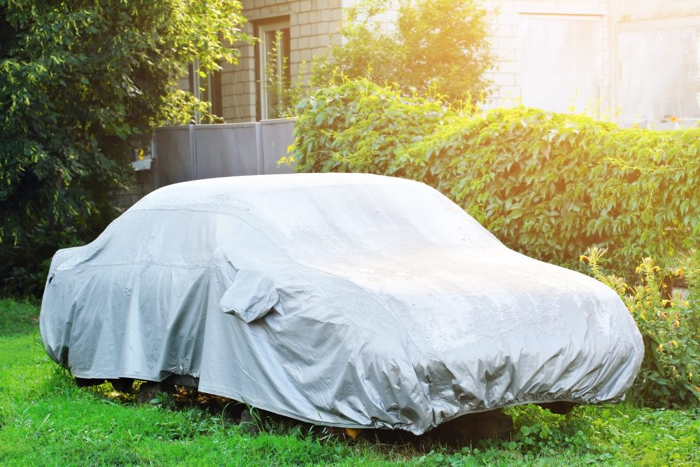 Éviter les housses de voiture imperméables