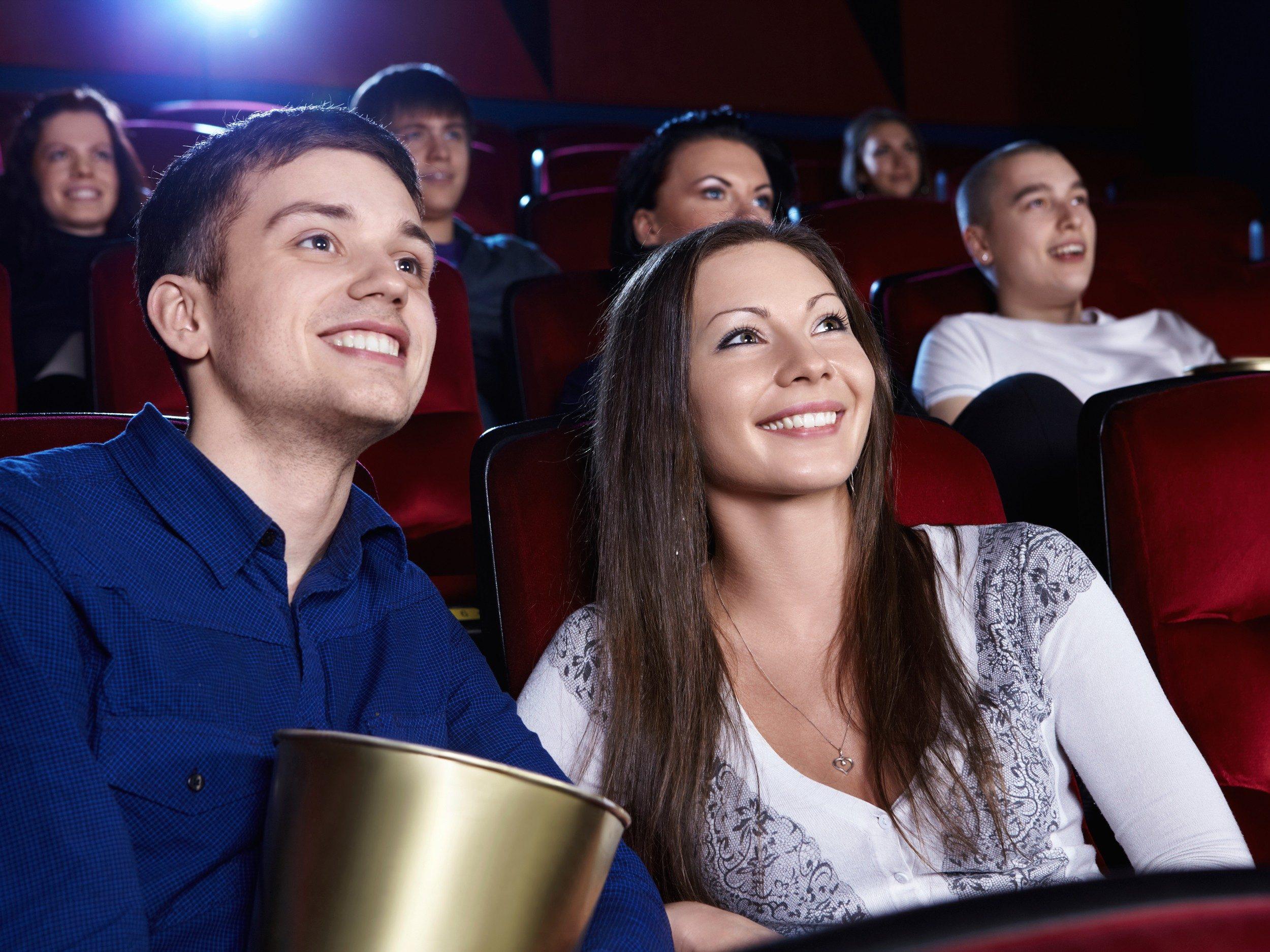 6 Maximisez vos sorties au cinéma.