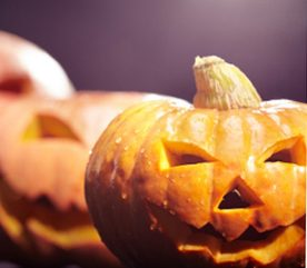 5. Décorez une citrouille d'Halloween.