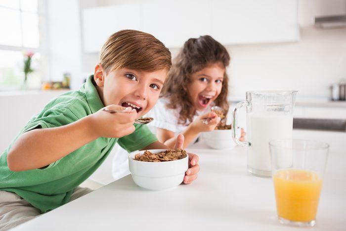 Cuisine pour enfants : conseils pour manger santé avec aux