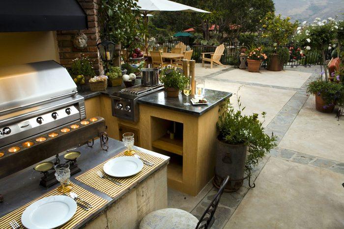 7. Aménager une cuisine extérieure