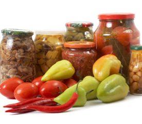 Délicieux légumes en conserve