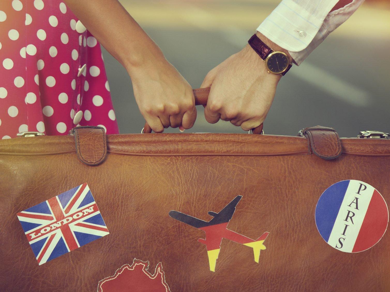 Excuse # 8 : « Ma tendre moitié ne veut pas voyager. »