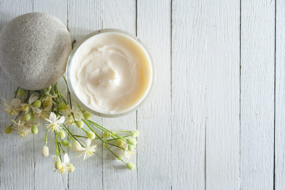 Erreur beauté: utiliser une crème hydratante inadéquate ou de mauvaise qualité