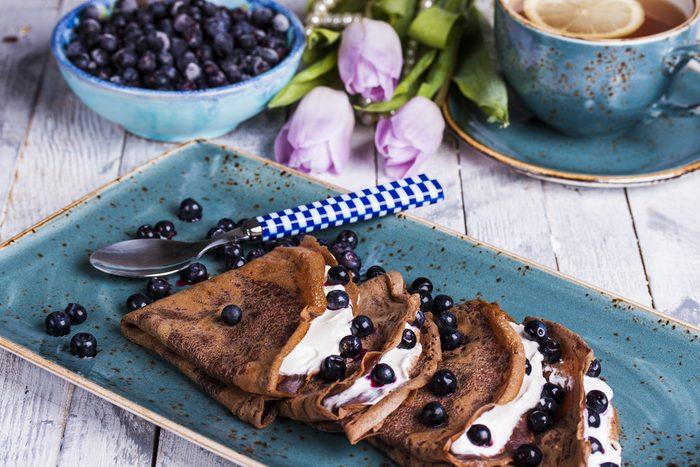 Une recette de crêpes aux bleuets pour maigrir au petit-déjeuner