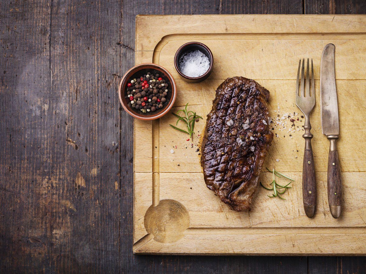 1er secret de cuisson pour un steak réussi: le faire vieillir