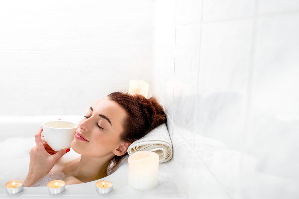 Cure santé à la maison : les bienfaits d'un bain chaud