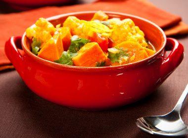 Curry de lentilles, kale et courge butternut