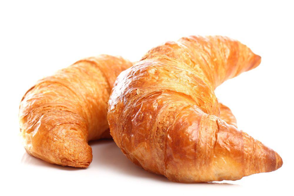 Les croissants, un aliment bon au goût, mais à éviter dans le cadre d'un déjeuner équilibré.