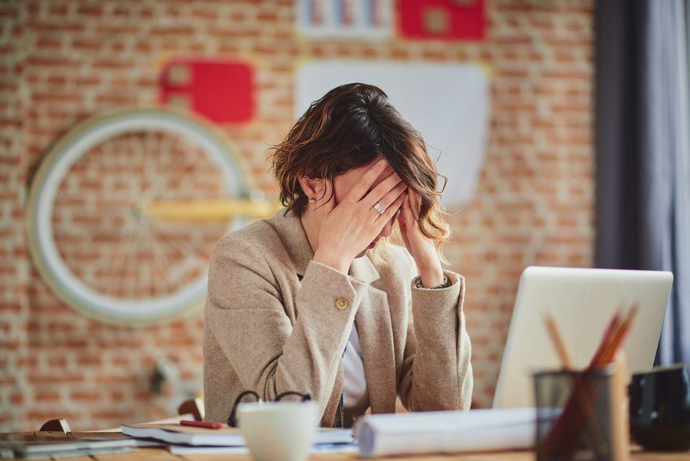 Dépression: parmi les signes, l'anxiété et le stress constants.