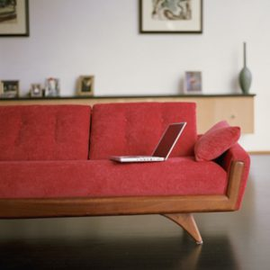 2. Pensez à votre sofa comme si c'était votre chemisier préféré