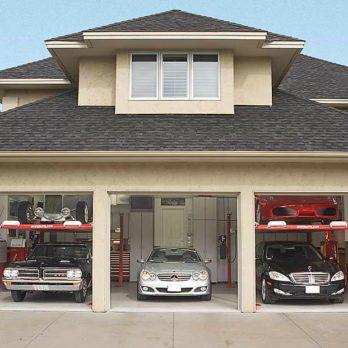 Garage de rêve: un entrepôt à voitures sur deux niveaux