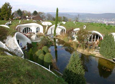 Les Maisons de terre ou Maisons organiques - Dietikon, Suisse
