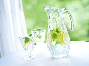 Meilleur choix: de l'eau aromatisée