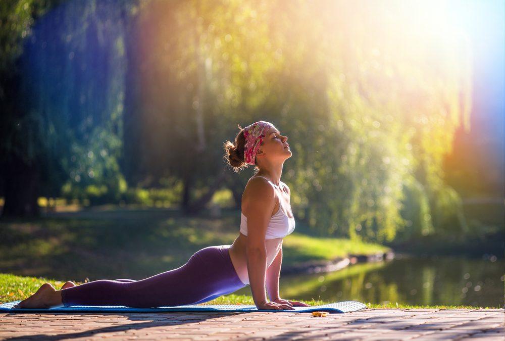 8. Un autre moyen d'éliminer les odeurs corporelles: le yoga