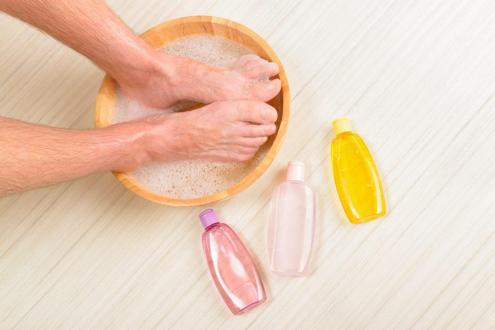 2. Le meilleur moyen d'éliminer les odeurs de pieds
