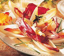 Salade d'endives, de radicchio et d'oranges sanguines