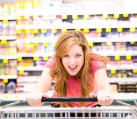 6. Acheter de la nourriture en grande quantité et en jeter la moitié.