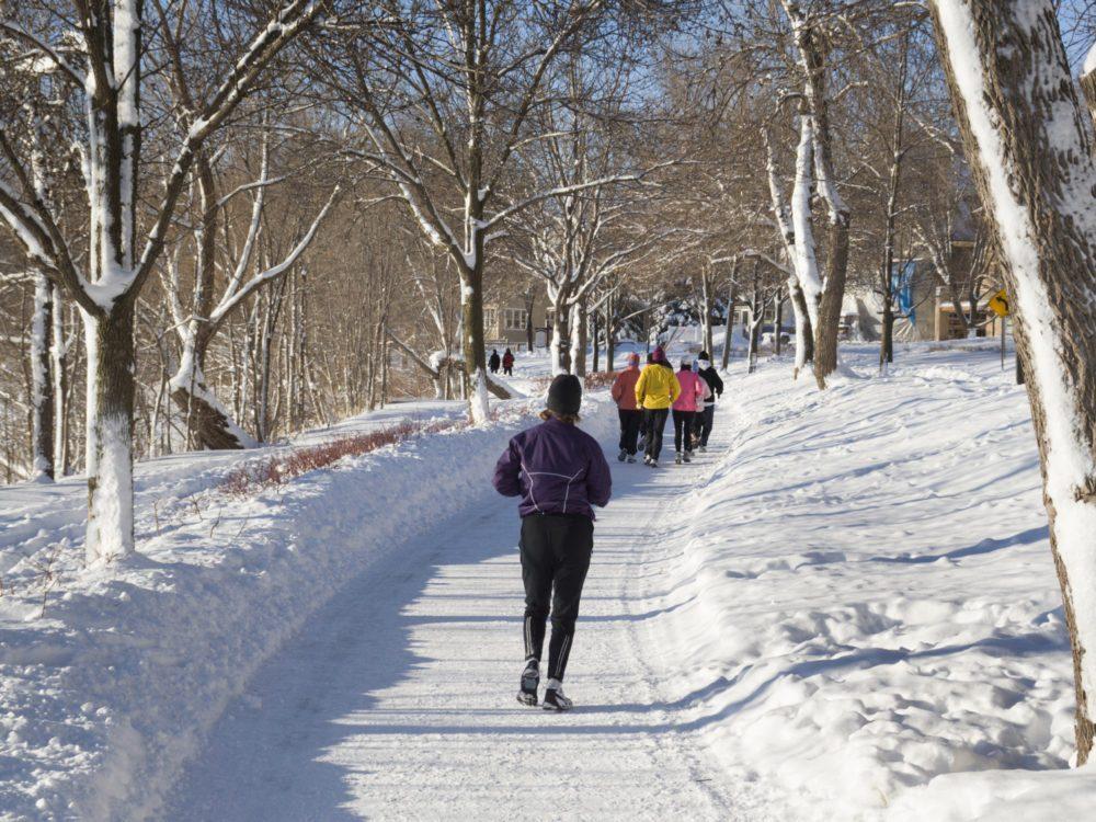 Faites de l'exercice pour avoir plus d'énergie en hiver.