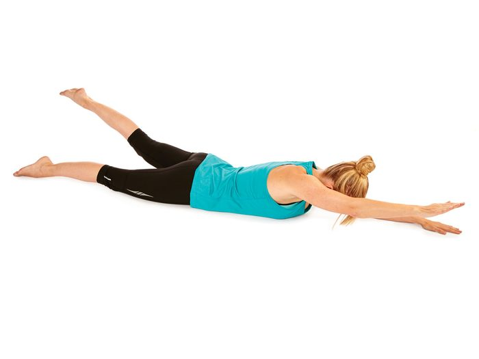 Levers alternés bras et jambe : 2 Minutes