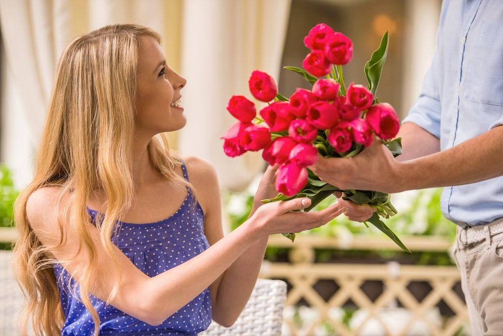 Offrez-lui des tulipes pour lui montrer vos sentiments