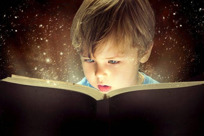 Les avantages d'intéresser votre enfant à la lecture