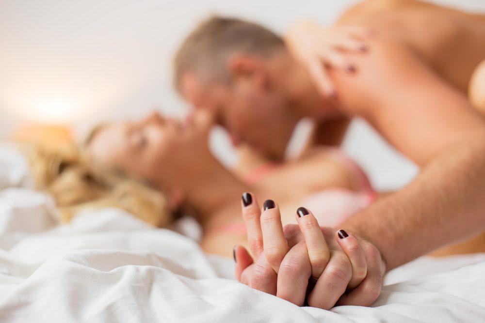 Gestion du stress: faire l'amour plus souvent aiderait à calmer et à relaxer!