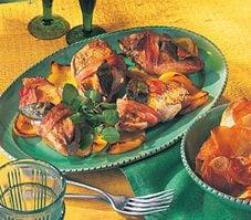 Suprêmes de faisan à la pancetta et aux poivrons jaunes