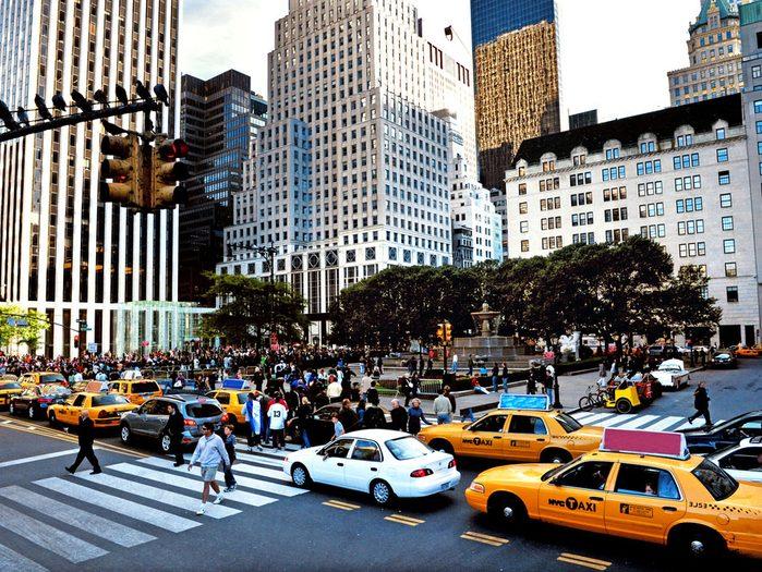 La Cinquième Avenue de Manhattan est l'une des rues les plus populaires au monde.