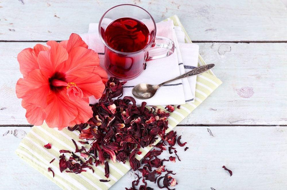 Fleur comestible : le hibiscus