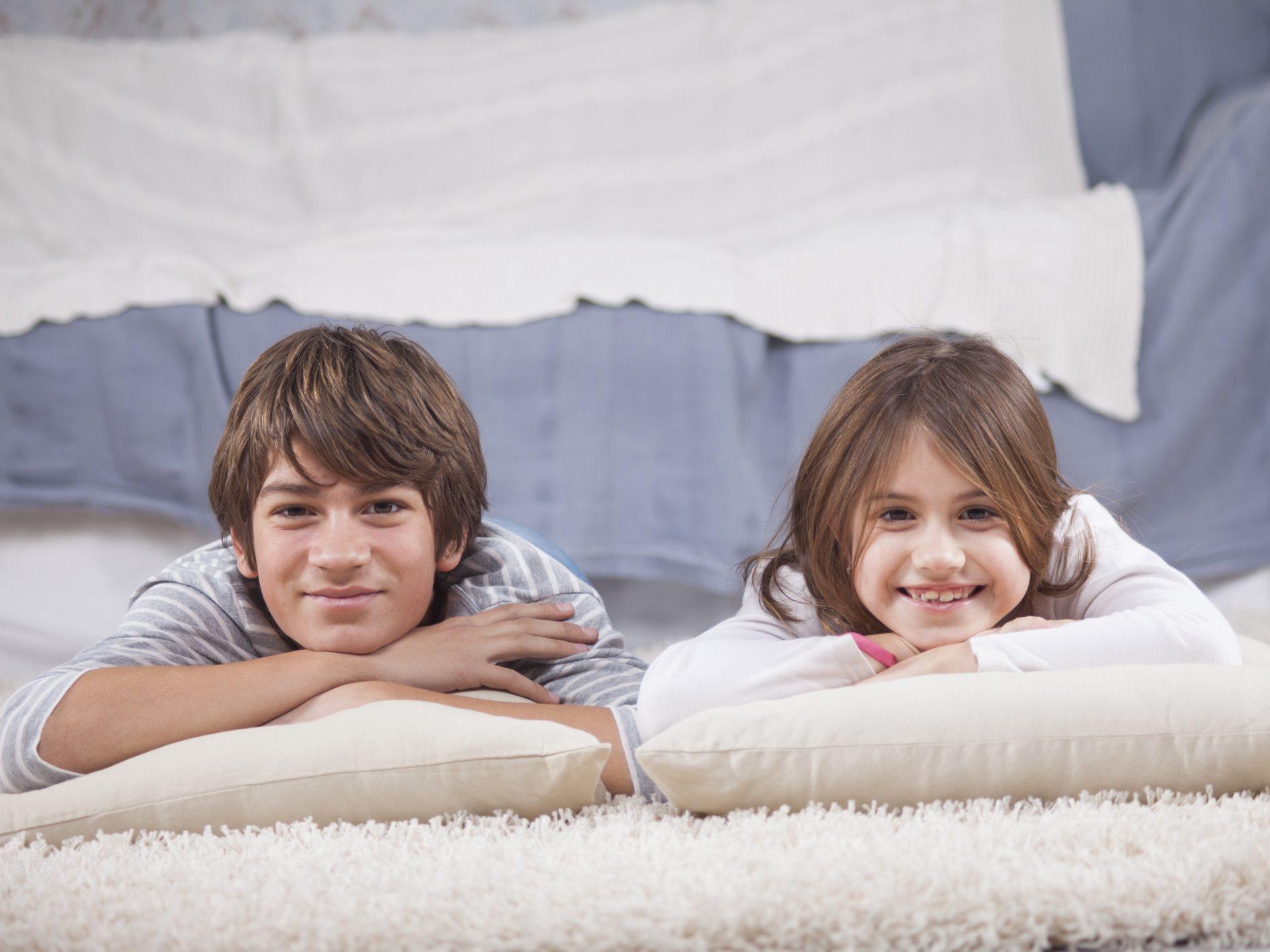 3 questions sur la relation entre fr res et s urs. Black Bedroom Furniture Sets. Home Design Ideas