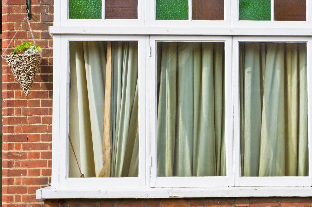 1. Fermer les rideaux