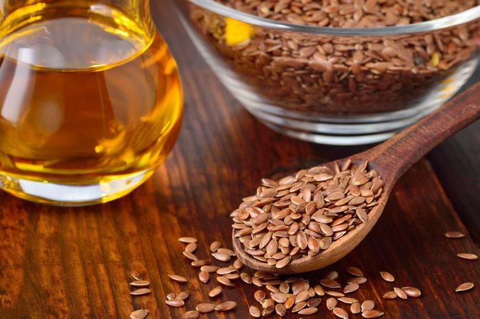 La graine de lin et les meilleurs aliments coupe-faim et aliments brûle-graisses