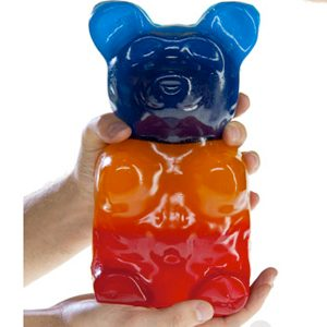 8. Gummy bear géant