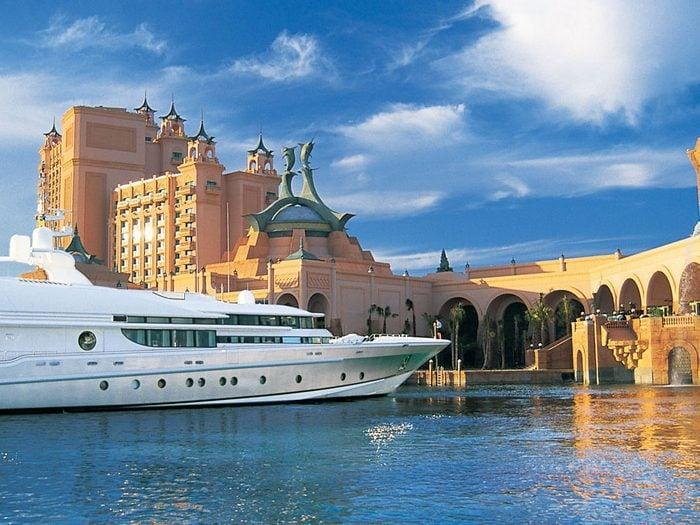 6. L'Atlantis Paradise Island, aux Bahamas, respire le luxe