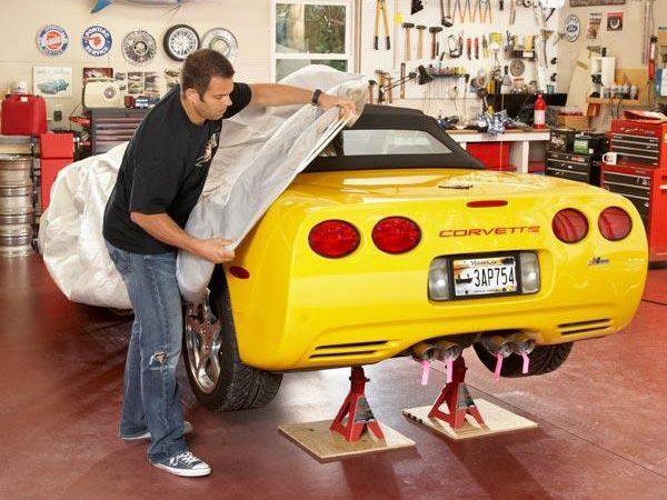 Entreposer sa voiture de collection - Étape 1: Effectuer toutes les tâches d'entretien en premier