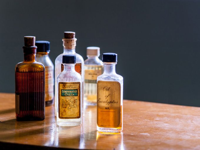 L'huile de camphre pour contrer le rhume et les douleurs musculaires