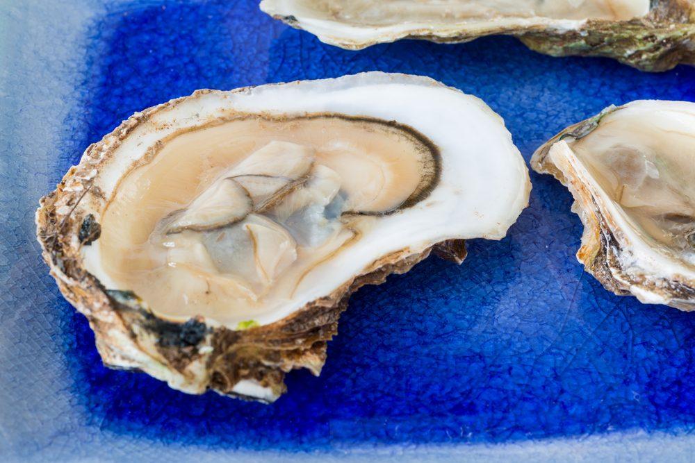 Un mets traditionnel pancanadien : les huîtres d'un océan à l'autre!